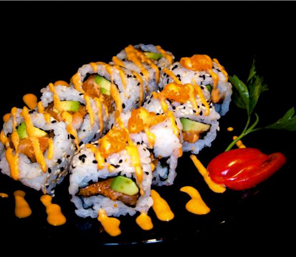 01 speciale - Spicy Tuna O Salmon
